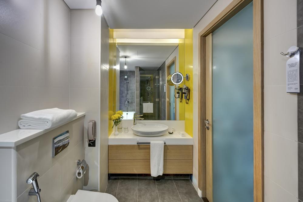 Skyline Premium Room - Bathroom